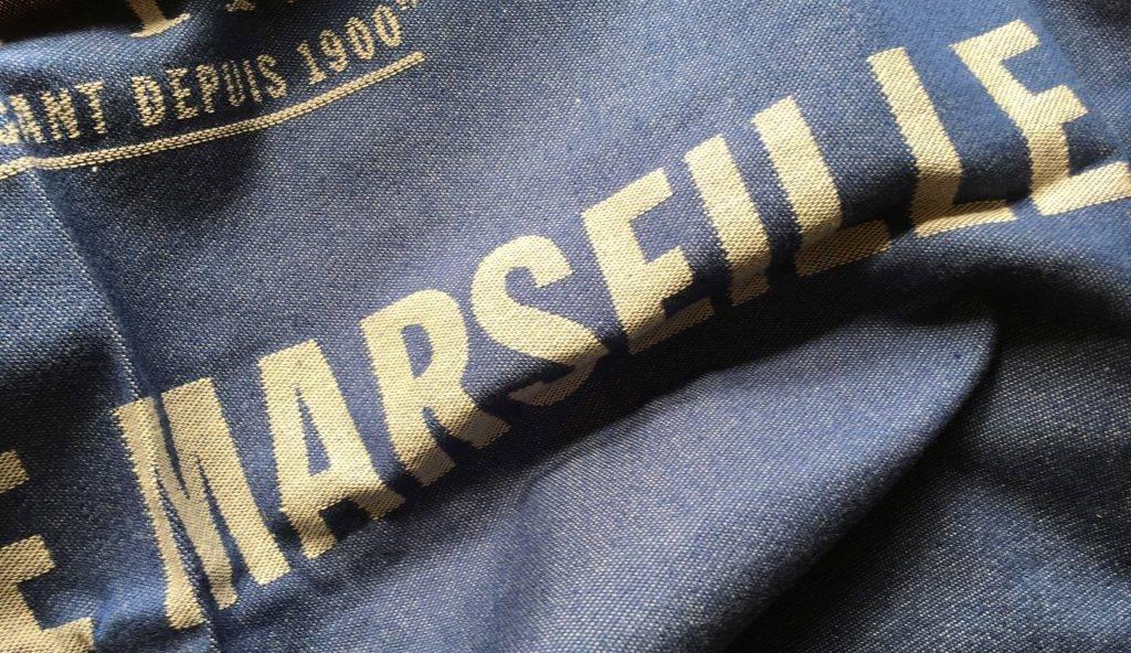 Marius fabre theedoek savon de marseille blauw - Badkamer blauwe petroleum ...